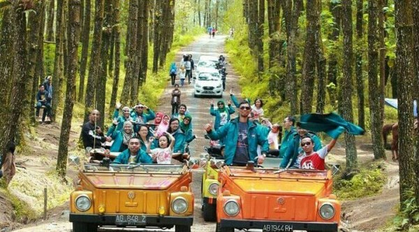 Paket VW Tour Keliling desa Borobudur