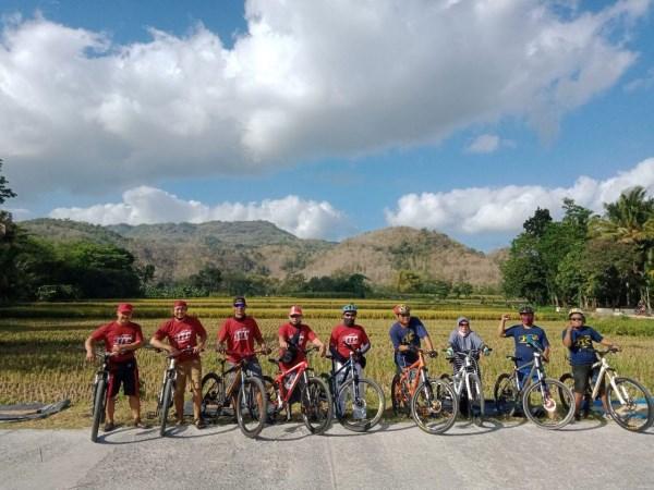 Wisata Sepeda Rute Sawah Selopamioro Imogiri  Finish Pantai parangtritis